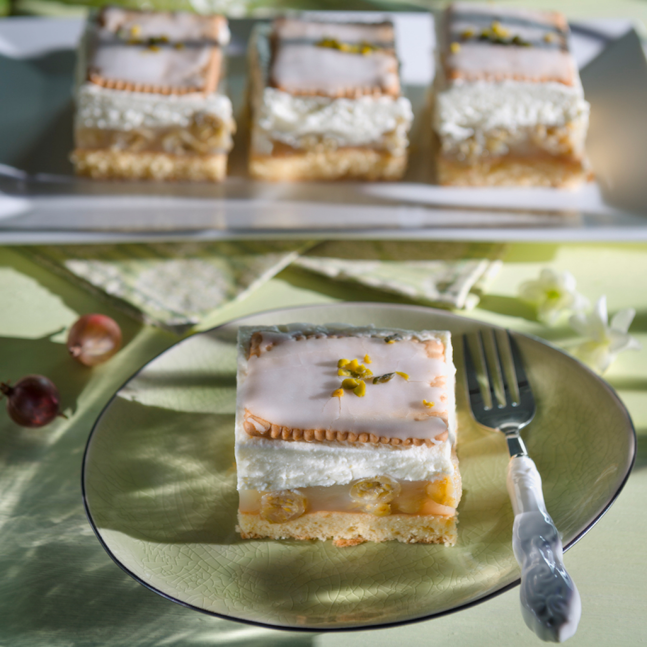 Butterkeks-Kuchen Mit Stachelbeeren