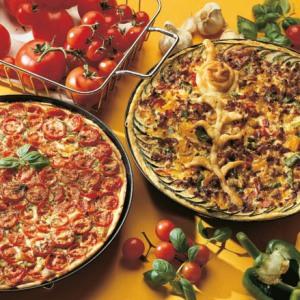 fladenbrotpizza mit tomatenst cken rezepte wochenblatt f r landwirtschaft landleben. Black Bedroom Furniture Sets. Home Design Ideas