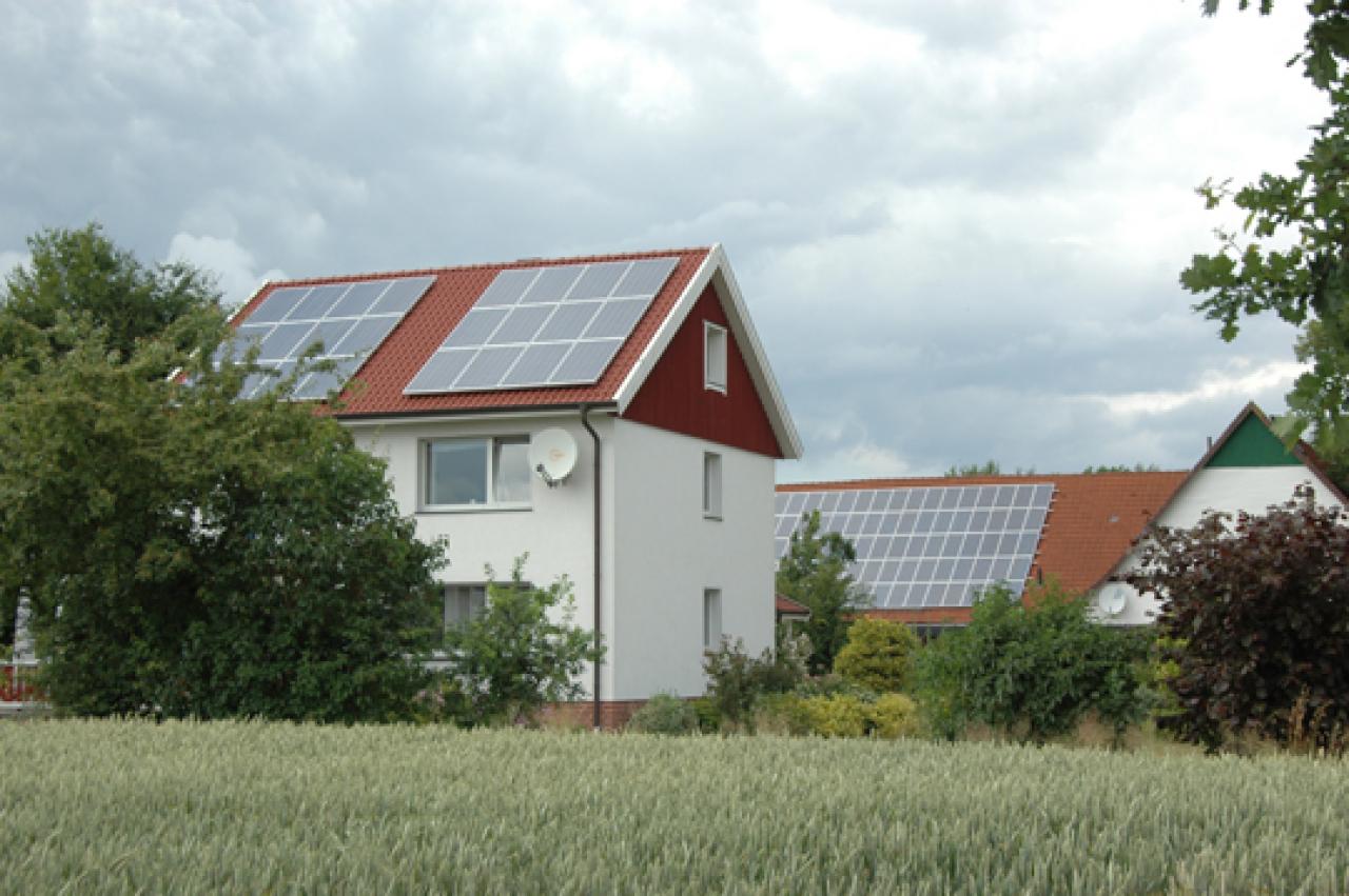 solarstrom neues einspeisegesetz abwarten nachrichten landwirtschaft wochenblatt f r. Black Bedroom Furniture Sets. Home Design Ideas